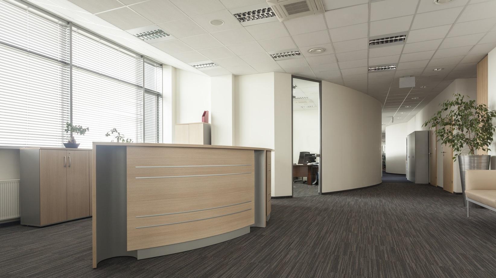 Oficinas presupuesto de limpieza madrid for Oficinas envialia madrid